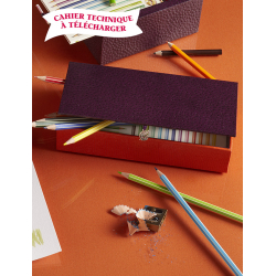 Boîte à crayons et feutres