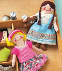 modele mini poupees poupee feutrine russe habit traditionnel matriochka ania irina edisaxe editions saxe loisirs creatifs